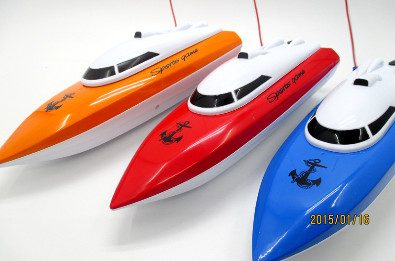 The new 2016 toy boat four channel model of remote control boat undertakes remote-controlled boats sailing model boats sailing(China (Mainland))