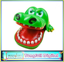 High quality New Funny Toy Plastic Crocodile Mouth Dentist Bite Finger Game For Children Adult Free Shipping(China (Mainland))