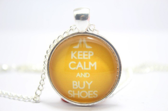 Keep Calm and Buy Shoes Necklace Glass Cabochon Necklace(China (Mainland))
