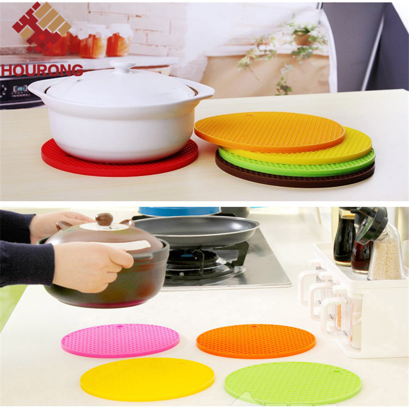 1Pc Round Silicone placemat Durable Non-slip Heat Resistant Dining Table Mats Coffee Cup Multifunction Hung Waterproof Pads(China (Mainland))