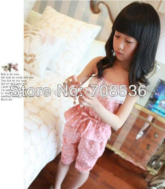 Fashion 1sets / lot Fashion Cool girls Dot Chiffon Sun-Top + Capri Harem Pants ,Girl Overalls ,Kids Suit Clothes Green,pink(China (Mainland))