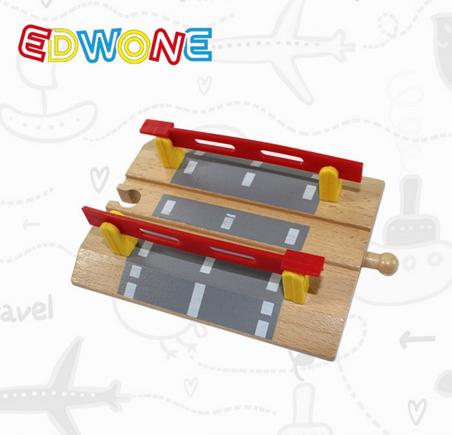 Thomas and Friends --1PCS Thomas Wooden Train Track Railway Accessories --Railroad Crossing Intersection(China (Mainland))
