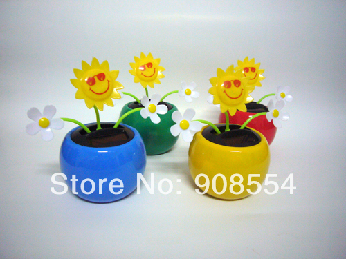 2014 The Newest Style 12 Pcs Per Lot Magic Cute Swaying Three Flowers Car Decoration Novelty Happy Dancing Solar Flower(China (Mainland))