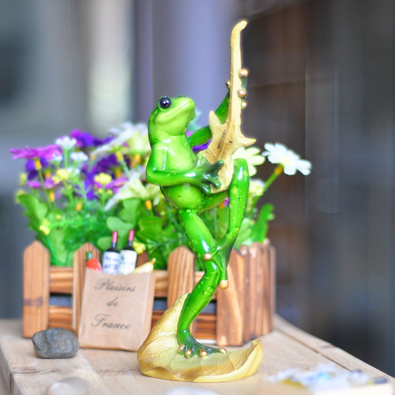 4 Styles Kawaii Music Singing Frog Figurines Novelty Resin Crafts Creative Gifts For Home Decoration Resin Animal Figurines(China (Mainland))