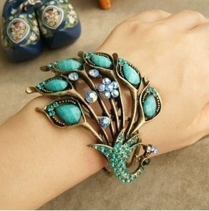 Min. order $9(mix order) Free Shipping Wholesale Fashion Cutout Peacock Vintage Bracelet(China (Mainland))