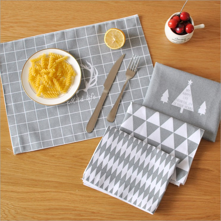 The New Nordic Style Printed Grid Deer Christmas Tree Rhombus Linen And Cotton Place Mat Home Restaurant Decoration 3025CD(China (Mainland))