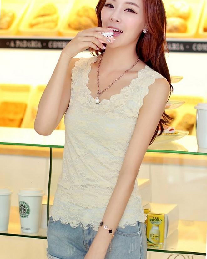 2016 summer women yellow flower lace blouse big yards casual vintage sleeveless crochet shirt ladies fresh Blusas Femininas tops(China (Mainland))
