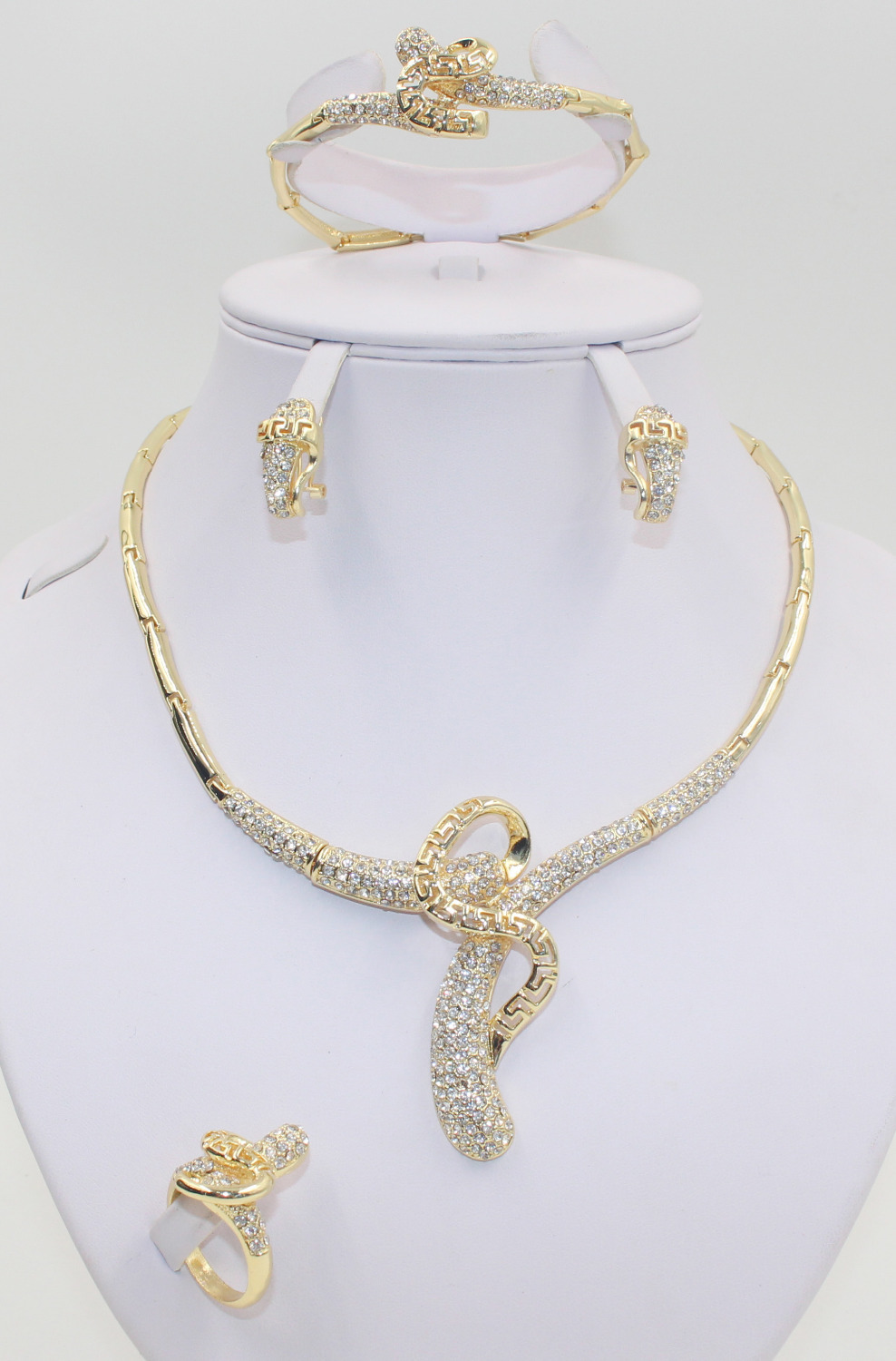 2015 new Dubai African 18k Gold Plated Mysterious Charming Necklace Fashion Romantic Wedding Bridal Costume Jewelry Sets(China (Mainland))