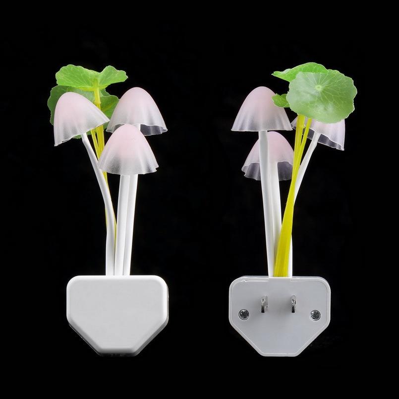 1pcs fashion Colorful Romantic Dream Mushroom Lamp 3 LEDs Nightlight bulb home decor LED RGB breathing Night lights US Plug(China (Mainland))