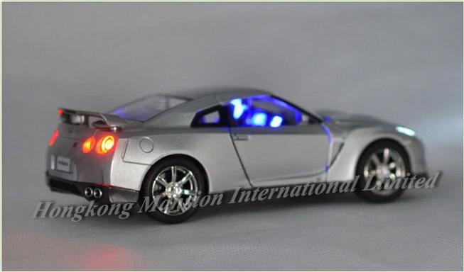 132 Nissan GT-R (22)