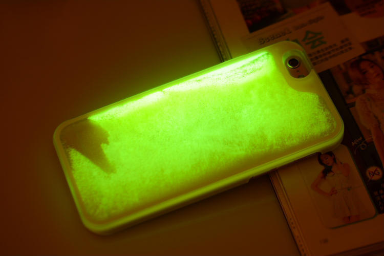Glow In The Dark Noctiluncent Running Liquid Luminous Sand case Hard PC Back Cover Case For Iphone 6 4.7 inch Beautiful Skin(China (Mainland))