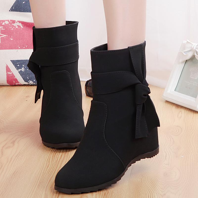Женская без каблука зимняя обувь