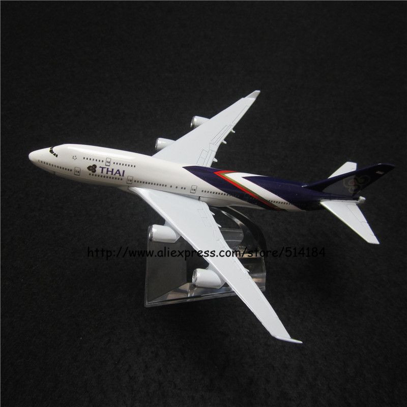 16cm Alloy Metal Air Thailand Air Thai Airlines Boeing 747 B747 400 Airways Plane Model Aircraft Airplane Model w Stand Toy Gift(China (Mainland))