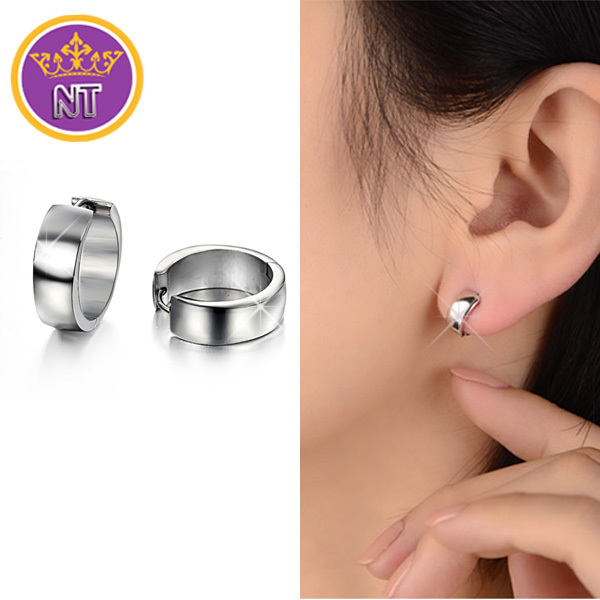 high quality fastness No deformation fashion stainless steel classic round loop earrings small hoop earrings for women(China (Mainland))