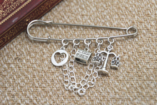 12pcs Shakespeare inspired Merchant of Venice themed charm with chain kilt pin brooch (50mm)