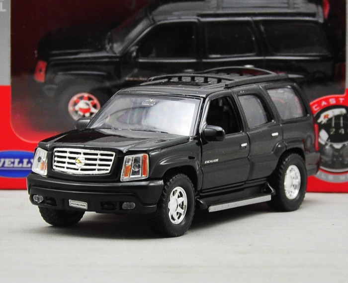 1:36 Voiture For The Climber Escalade SUV Car Diecast Scale Metal Car Model Vehicle Kids Toys Men Gift(China (Mainland))