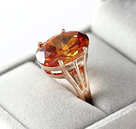 Por con los elementos de Swarovski Real Italina Rigant 18 K plateó los anillos para mujeres del medio ambiente nueva venta caliente #RG93290(China (Mainland))