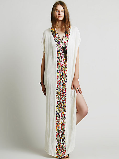 embroidery holiday travel essential clothes Floral cotton lady dress Indian extra long style big plus size women white dress(China (Mainland))