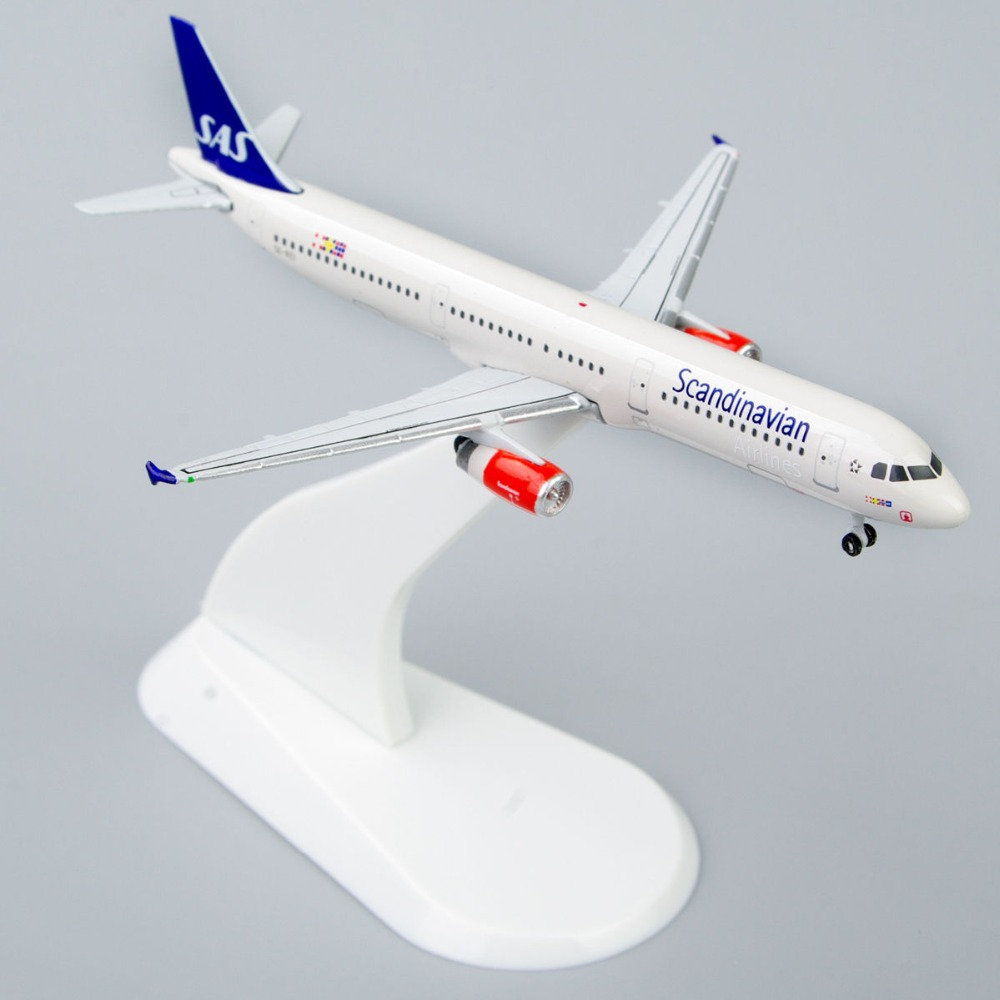 1:500 Scale Model StarJets Scandinavian Airbus A321 Mini Diecast Airplane Model Toys Precision Plane Model for Collection(China (Mainland))