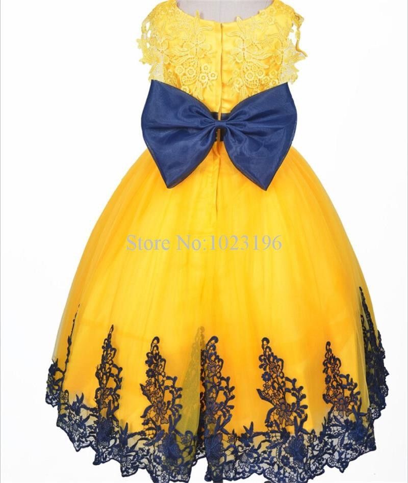 Opinion Black and white flower girl yellow dress congratulate, you