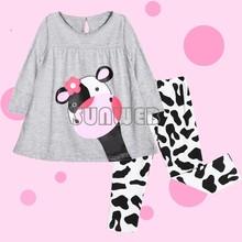 boys winter clothing sets girls clothing set kids apparels 2014 cartoon milk cow long-sleeved t-shirt suit pajamas 51(China (Mainland))