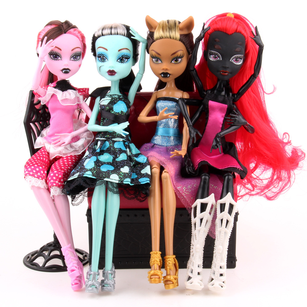 High Quality Fasion Monster Dolls Draculaura/Clawdeen Wolf/ Frankie Stein / Black WYDOWNA Spider Moveable Body Girls Toys Gift(China (Mainland))