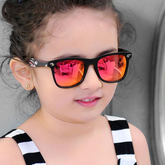 P552 Модельер Рамка ПК легкий вес Поляризованные Детские Солнцезащитные Очки для Мальчиков и Девочек с акулой солнцезащитные очки храм ногу