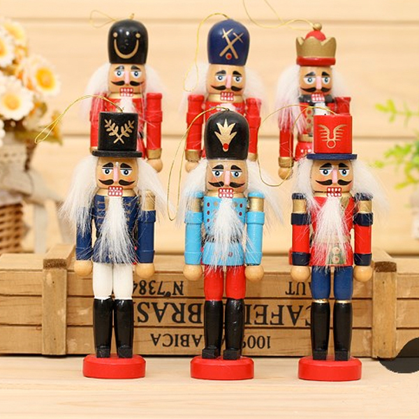 D313 Free shipping 12cm Nutcracker, Wood made puppets doll toy, pure manual coloured drawing Walnuts soldiers 12 pcs/lot(China (Mainland))
