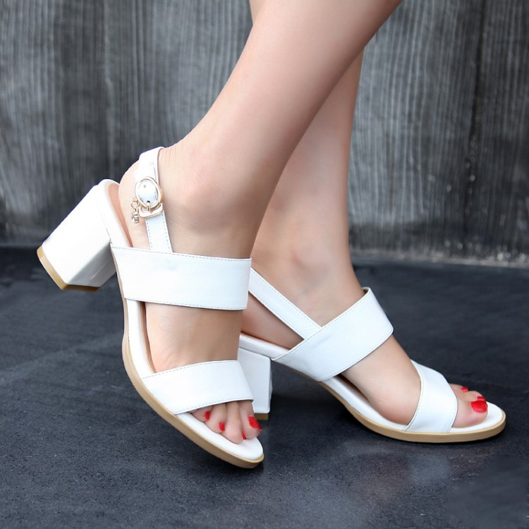 Summer in New Women Sexy Sandals word buckle sandals with thick with leather buckle open toe black women white leather shoes<br><br>Aliexpress