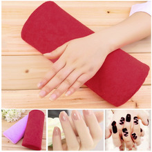1pc SOFT Cotton Cloth Hand Holder Cushion Pillow Nail Arm Towel Rest Nail Art Manicure Makeup Cosmetic Tools(China (Mainland))