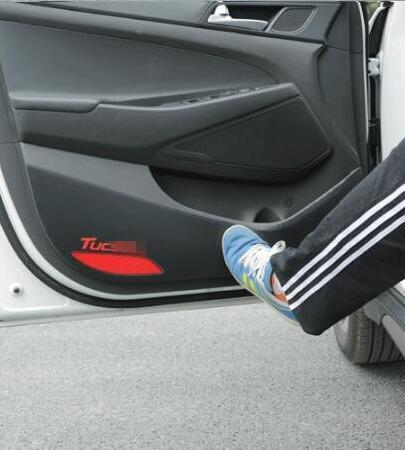 4PCS/SET Carbon Fiber Car Door Protection Breathing Film Anti-kick Pad For 4 Doors For Hyundai Tucson 2015 2016 accessories(China (Mainland))