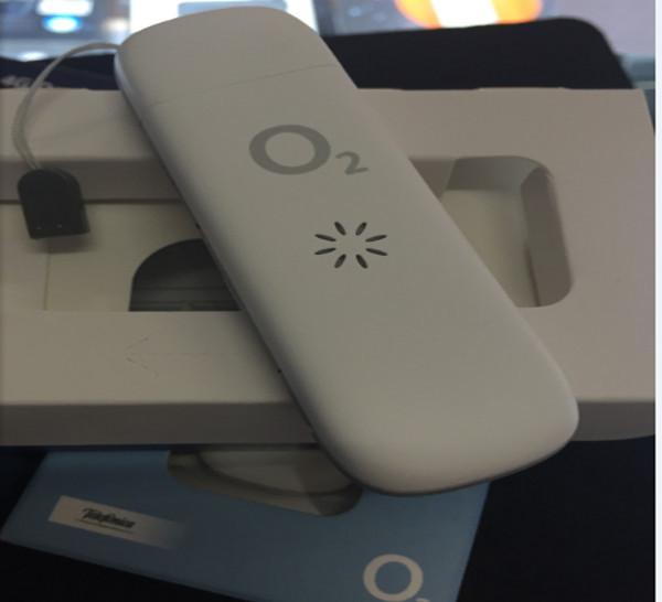 Unlocked-Original-ZTE-MF823-Wireless-4G-LTE-FDD-3G-Dongle-Modem-100Mbps-SIM-Card-Moblie-Phone (3).jpg