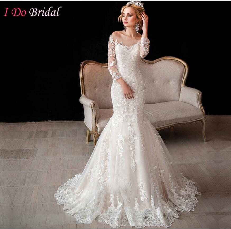 Scoop Neckline Vintage Long Sleeve Lace Wedding Gowns