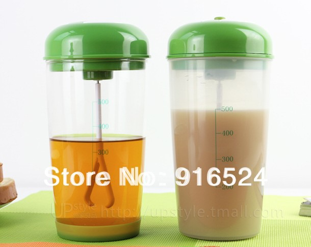 +The New Electric Shake Bottle, Environmental Protection Plastic Water bottle,Protein Powder Mixing Bottle - CHENGMING SPORTS store