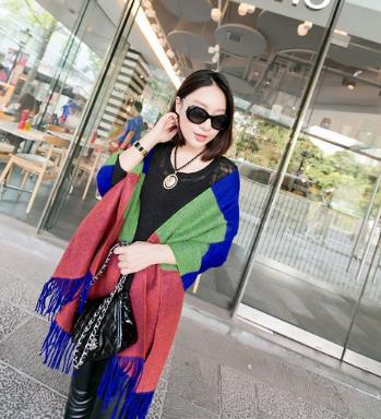 2015 new winter hit color super good texture woolen material oversized cashmere fringed shawl scarf(China (Mainland))