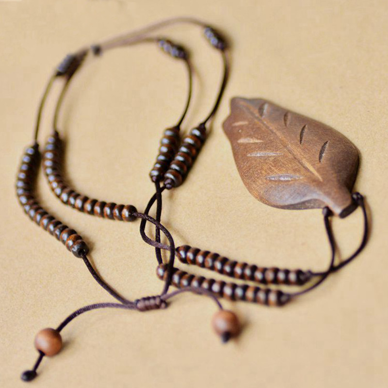 Vintage Leaf Necklace Jewelry 2016 Women Sweater chain pendant necklace Tibetan Style Retro wood necklace(China (Mainland))