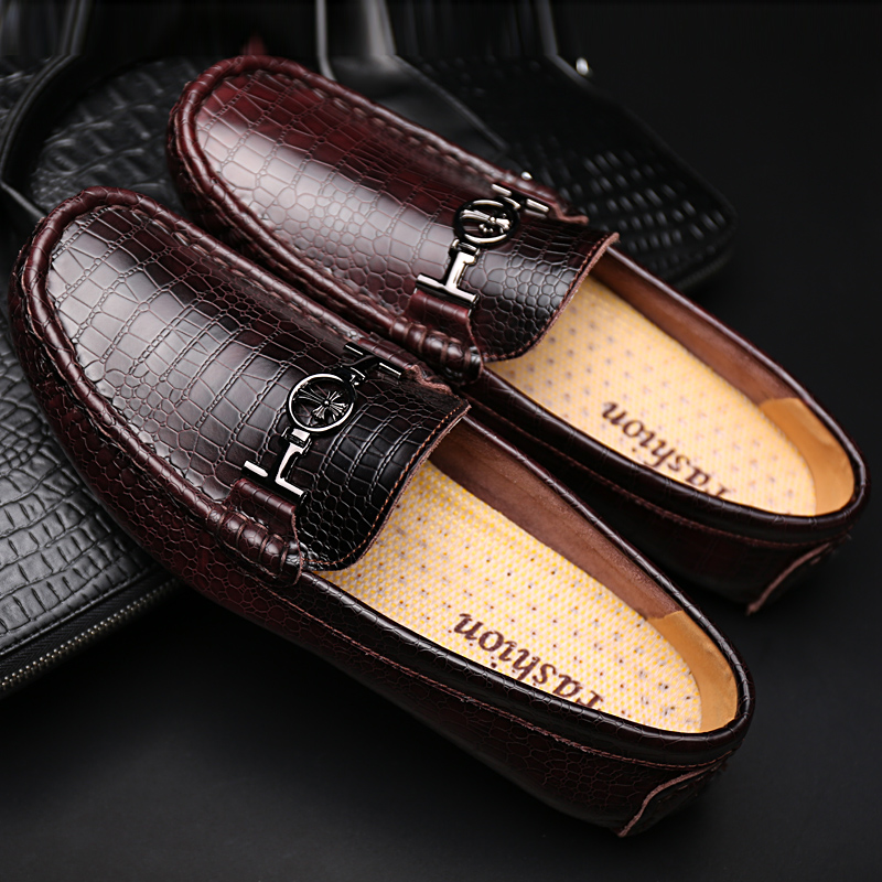 New England Summer Doug Shoes Men and White Men Tide Big Yards and Recreational Leather Shoes Leather Couch Potato Shoes 35 To48(China (Mainland))