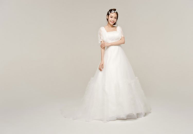 2014 Princess Embroidery High Waist Maternity Wedding Dresses Ivory Sexy Lace Beading Flower Decor Bridal Gown Formal Gowns(China (Mainland))