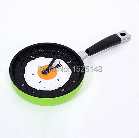 2015 hot kitchen clock Creative Omelette design Wall Clock catoon style clocks for home decoration and children's gift(China (Mainland))