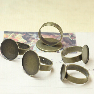 Hot sale 100pcs Vintage antique brass/bronze Adjustable Ring base blank bezel 18mm round teeth cap cabochon setting(China (Mainland))