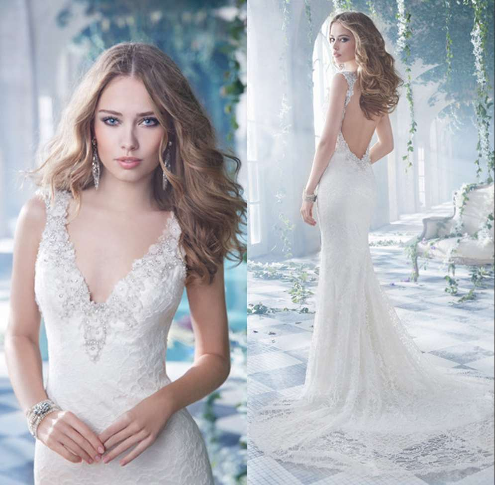 2015 Mermaid Sexy Wedding Gown V Neck Low Back Lace Bride