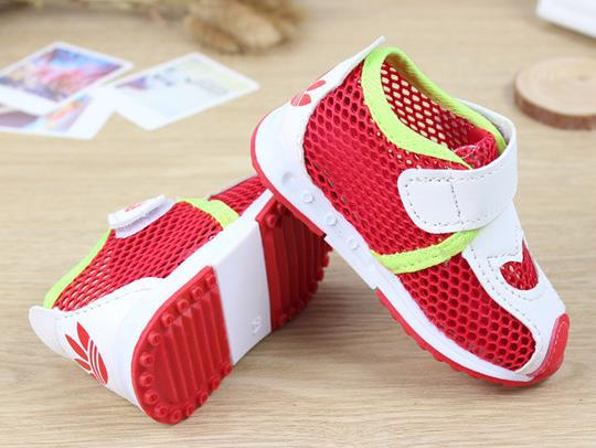 free shipping 1~3 years old boys girls basketball shoes Sapatos Baby Infantil soft bottom shoes sport shoes Kids' Sneakers(China (Mainland))
