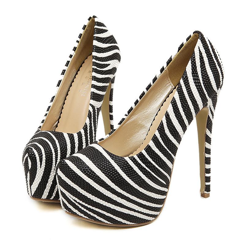 plus big size 35 44 snakeskin pattern high heel shoes. Black Bedroom Furniture Sets. Home Design Ideas