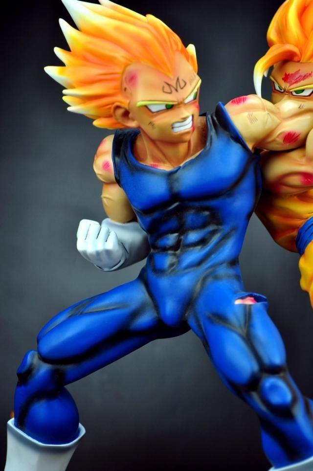 MODEL FANS Dragon Ball GK the identical paragraph VKH evil Vegeta VS Tremendous saiyan Goku spot resin scene very uncommon motion determine