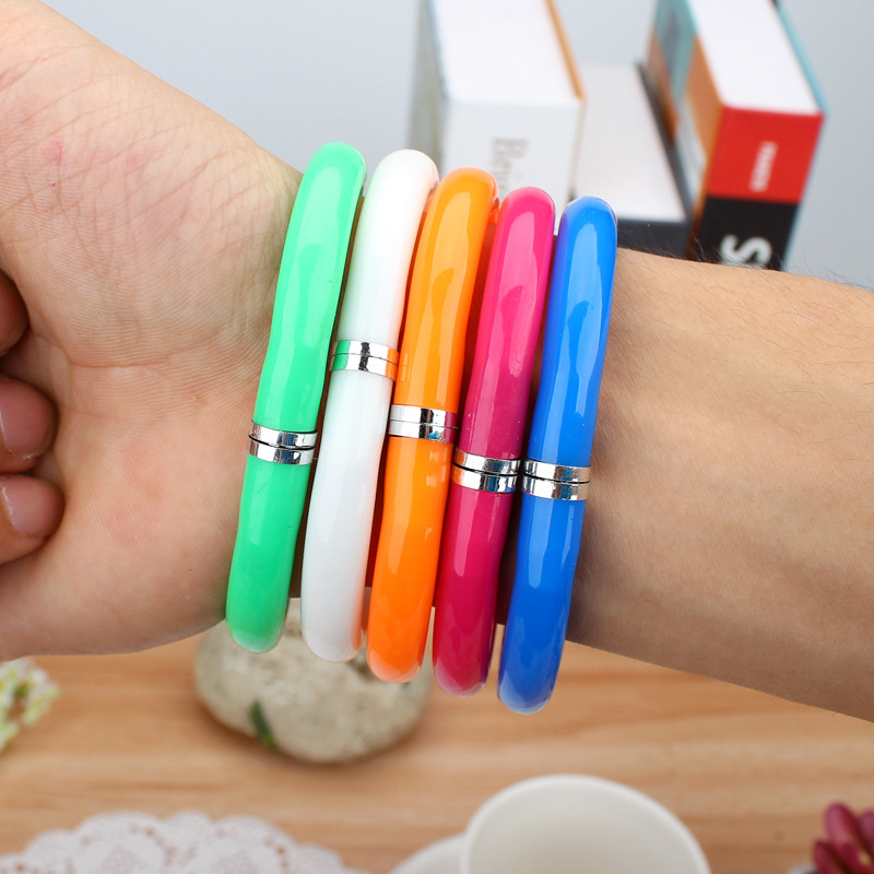 10pcs Flexible Ball Pen Cute Soft Plastic Bangle Bracelet Ballpoint Pens School Office Gifts For students new ballpoint pen(China (Mainland))