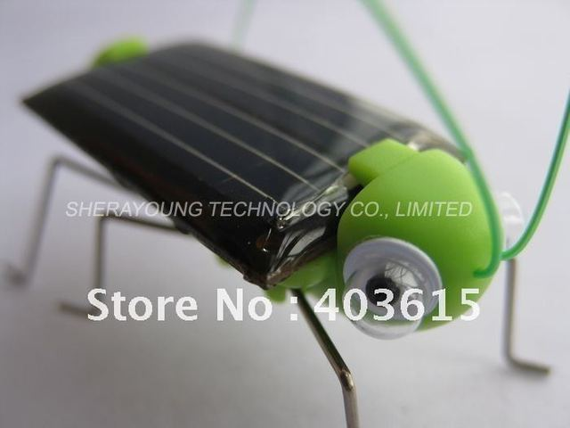 Free shipping Funny Solar Grasshopper, Solar Mini Car, Solar cockroach, Solar Powered Bug Educational Toy