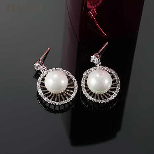 IDOD!new 2014,Round shell pearl earrings, inlaid wild AAA zircon earrings, high fashion accessories for women(China (Mainland))