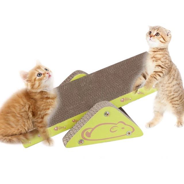 Cat Toy – Scratcher and Seesaw