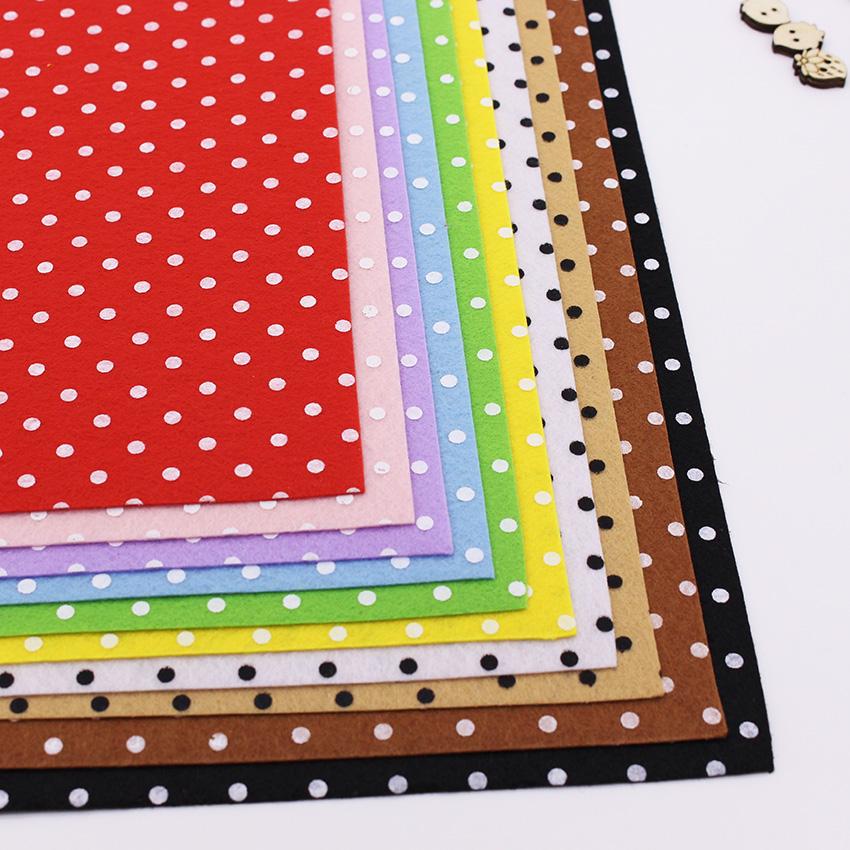 Polka Dot Felt Fabric For Patchwork Nonwoven Printing Fabric For Diy Cloth Felt Crafts Sewing Handmade Fieltro Feltro 30*30CM(China (Mainland))