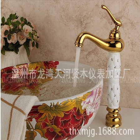 Supply of gold taps, antique faucet, basin faucet(China (Mainland))